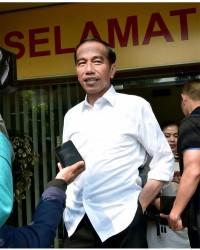 1. Tanggapan Jokowi terhadap kasus AU