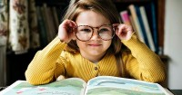Dampak Buruk bagi Anak Dipaksa Belajar Membaca