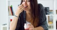 3. Konsumsi makanan atau minuman mengandung probiotik