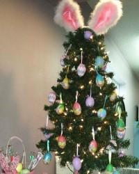 6. Paduan pohon natal cangkang telur Hari Paskah