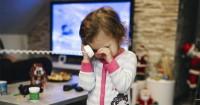 2. Separation anxiety menjadi salah satu faktor anak rewel ketika ditinggal pergi orangtuanya