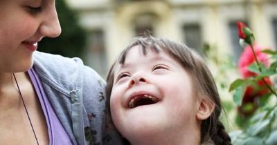 5 Tips Dasar Merawat dan Mendidik Anak dengan Retardasi Mental