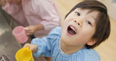 Bagaimana Hukum Berkumur saat Anak Sedang Menjalani Puasa?