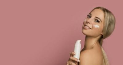 Cek 5 Manfaat Besar Kandungan Air Kelapa pada Produk Skin Care