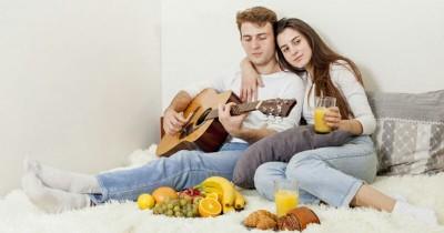 5 Hobi yang Menyenangkan Ini Bisa Mama Lakukan Bareng Suami Tercinta