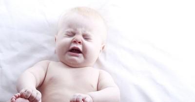 3 Cara Membersihkan Hidung Bayi Tersumbat Aman