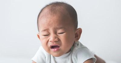 Waspada! Bayi Sering Bersin Bisa Jadi Tanda Sindrom Berbahaya