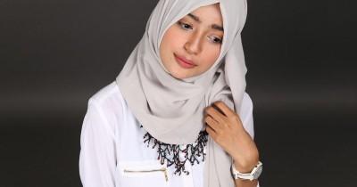 5 Trik Memilih Aksesoris Hijab Ini Akan Melengkapi Penampilanmu