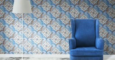 5 Langkah Tepat Sebelum Memasang Wallpaper di Dinding