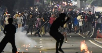 Eksklusif: Psikolog Ungkap 3 Cara Jelaskan Berita Kerusuhan pada Anak