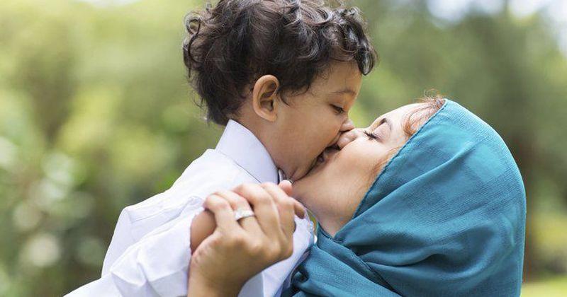 4. Diberi kasih sayang