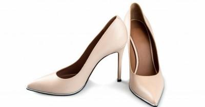 Wajib Tahu, Ini 6 Bahaya Mengenakan Sepatu Hak Tinggi saat Hamil
