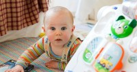 Perkembangan Bayi Usia 8 Bulan 2 Minggu: Pertumbuhan Otak yang Pesat