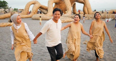 Momen Langka! Mytha Lestari Bahagia Bisa Liburan Keluarga ke Bali