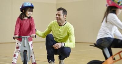 5 Rekomendasi Merek Helm Sepeda Anak agar Tetap Aman