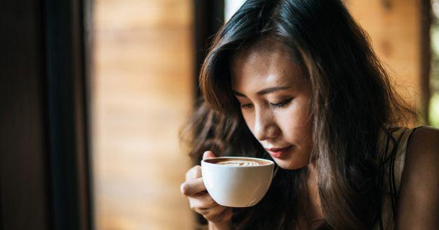 4. Kurangi asupan kafein