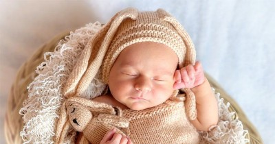 Amati 6 Gerakan Refleks Bayi Baru Lahir Ini