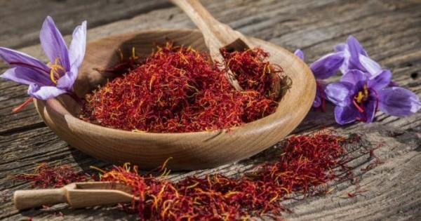 7 Manfaat Saffron Berkhasiat Untuk Kecantikan Popmama Com