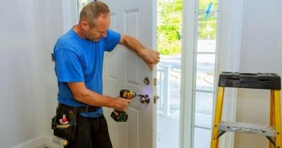 5 Solusi Tepat Mengembalikan Daun Pintu Memuai