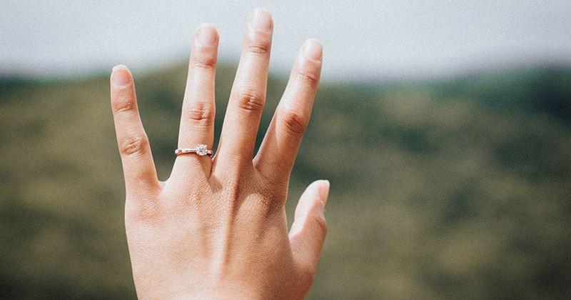 6 Cara Menghilangkan Urat Di Tangan Secara Alami Popmama Com