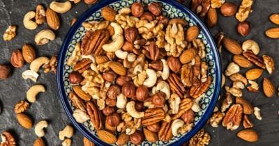 Jadi Cemilan Andalan, Bolehkah Ibu Hamil Mengonsumsi Kacang