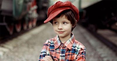 7 Karakter Anak Laki-Laki Bungsu, Ternyata Mereka Lebih Dewasa Ma