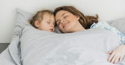 5 Kesalahan Ini Sering Dilakukan Orangtua Saat Menidurkan Anak Balita