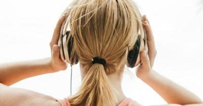 Perhatikan 5 Hal Ini Sebelum Mendengarkan Musik Selama Kehamilan