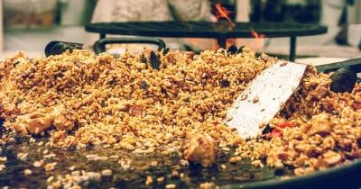 Balita Muntah Hingga Tewas Setelah Makan Nasi Goreng, Apa Penyebabnya