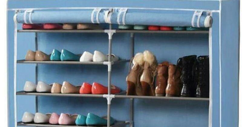 2. Menjaga kebersihan sepatu dari kotoran debu