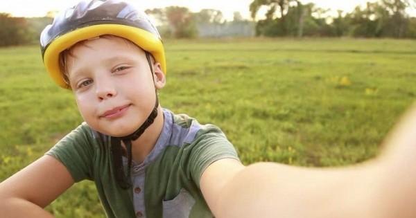 Tips Untuk Membimbing Anak Menjadi Youtuber Popmama Com