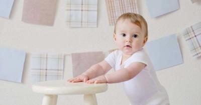 Tahapan Perkembangan Kekuatan Kaki Bayi, Yuk Dilatih