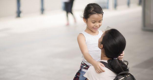 3. Pelan-pelan mengajarkan anak berpikir secara kritis