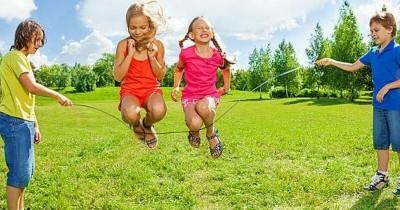 Jika Rutin, Inilah 5 Manfaat Baik Bermain Lompat Tali Anak