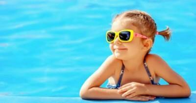 5 Permainan Ini Bisa Melatih Anak agar Jago Berenang