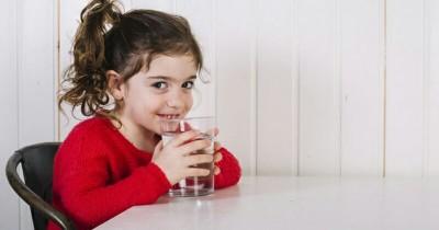 Efek Buruk Jika si Kecil Kurang Minum Air Putih