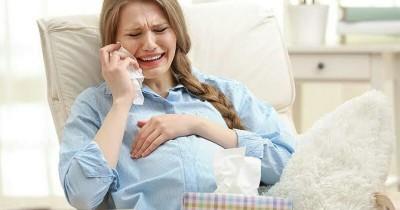 Inilah 5 Faktor Mengapa Ibu Hamil Muda Jadi Mudah Menangis