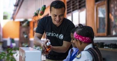 Peduli Hak Anak, Nicholas Saputra Resmi Jadi Duta Nasional UNICEF