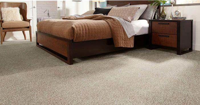 5. Lantai dari material karpet