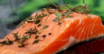 Mencegah Obesitas, Ini 5 Manfaat Ikan Tuna MPASI Bayi