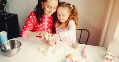 3 Resep Camilan Tradisional Bisa Dibuat Bersama Anak