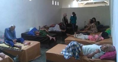 Kata Pemilik Panti Jompo Tentang Lansia Tidur di Ranjang Coran Semen