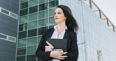 5 Aturan Khusus Ibu Hamil Bekerja Luar Ruangan