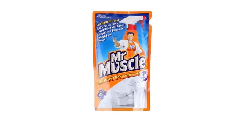 4.Mr Muscle Pembersih Kamar Mandi juga mampu hilangkan bakteri