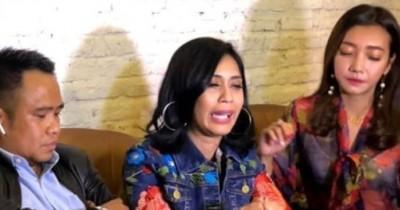 Alami KDRT Susah Bertemu Anak, Karen Pooroe Idol Datangi Komnas PA