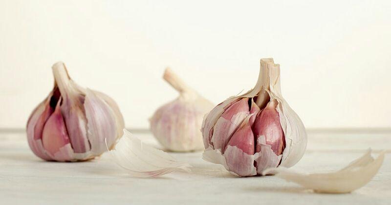 1. Bawang putih membantu proses penyembuhan kista