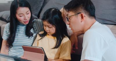 Ajarkan si Kecil Yuk, 9 Kata Bahasa Korea yang Sering Diucapkan