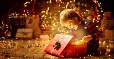 Cara Terbaik Menghabiskan Malam Natal Bersama Anak Balita