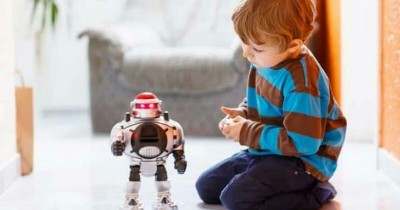 5 Fakta Mainan Robot Bisa Tingkatkan Perkembangan Anak