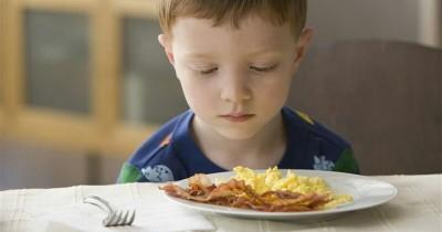 7 Penyebab Anak Mogok Makan Cara Mengatasinya